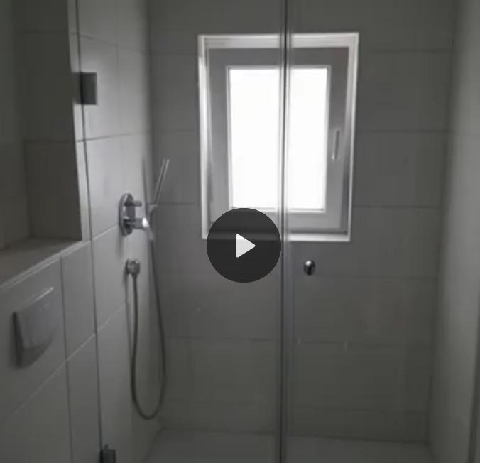 Dusche verglast